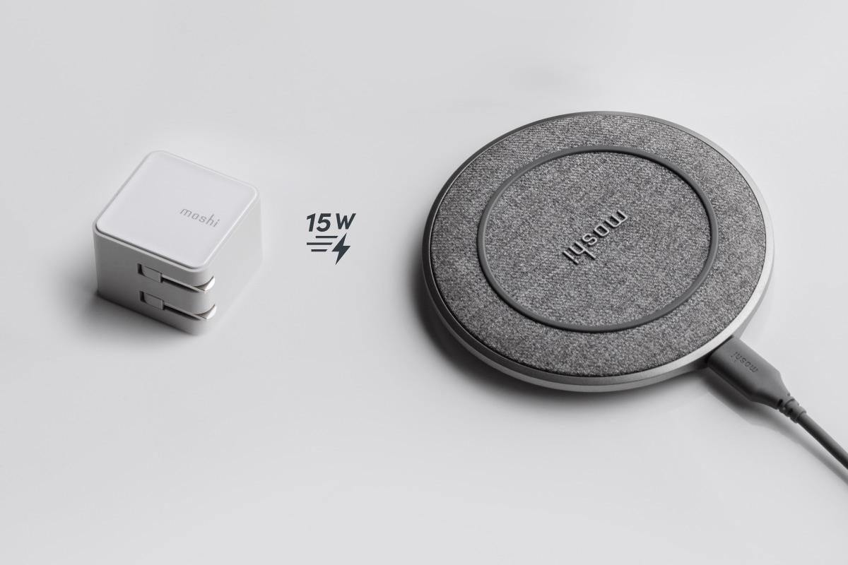 Otto Q est capable de recharger rapidement les smartphones et autres appareils compatibles (jusqu'à 15 W), lorsqu'il est connecté à notre chargeur mural compact USB-C. Il prend également en charge les protocoles de chargement rapide d'Apple et de Samsung. Le module Q-coil de Moshi est doté d'un refroidissement passif amélioré pour une meilleure efficacité de charge. Otto Q charge les téléphones même à travers des étuis ou des coques d'une épaisseur maximale de 5 mm.