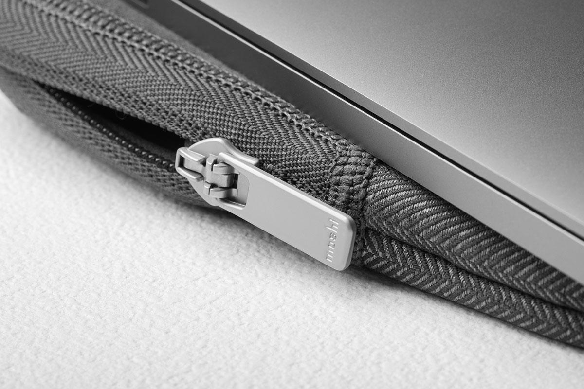 Atractivos resaltes metálicos para mayor elegancia y durabilidad.