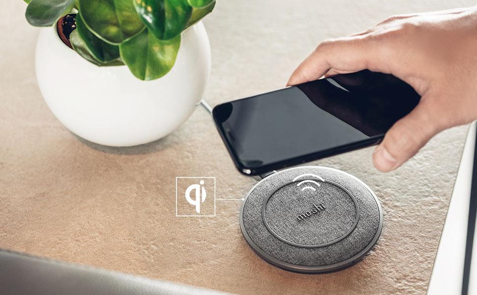 Otto Q ist Qi-zertifiziert und verfügt über eine optimierte Schaltung, um Ihr Handy schneller als kabellose Ladegeräte des Wettbewerbs aufzuladen.