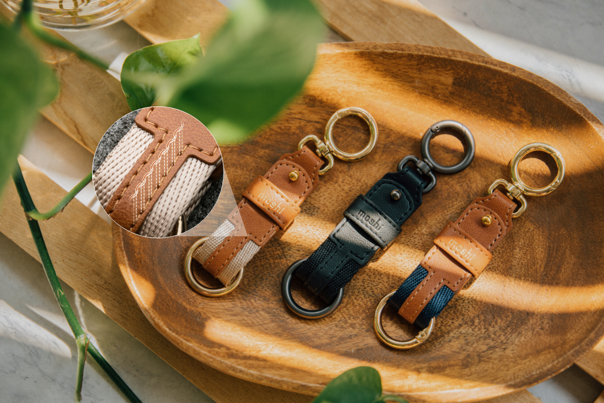 Constructed from premium vegan leather with precision stitching, the Key Ring is an animal-friendly, durable, and lightweight carry for your daily travels. A weather-resistant treatment protects against rain and spills to keep it looking good for longer.