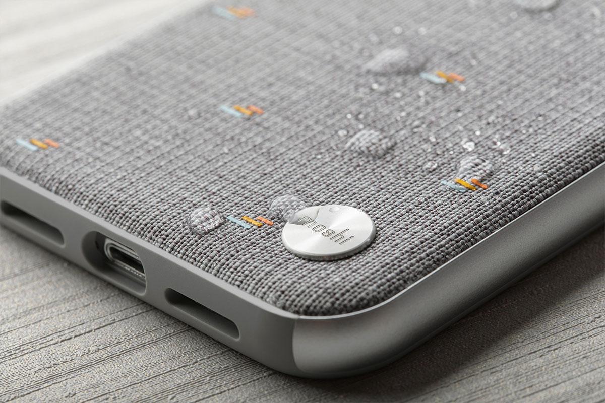 採用 TriClear™ 特殊塗層,可有效防潑水、防污漬和防刮,讓您的保護背殼持續保有光彩。