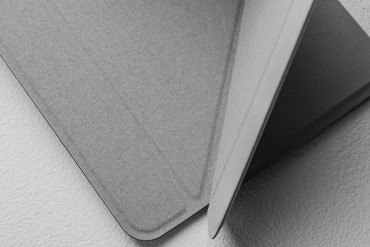 获得设计奖项殊荣的 VersaCover,可保护您的 iPad 并兼具时尚感。