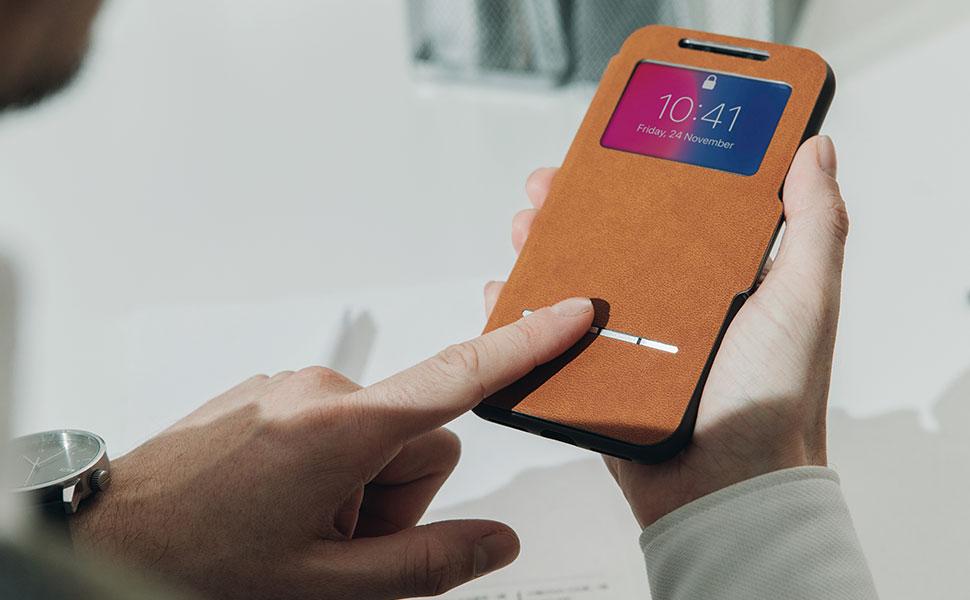 Responda/rechace llamadas, realice pagos electrónicos, utilice el reconocimiento facial y compruebe la fecha y hora en la cubierta frontal