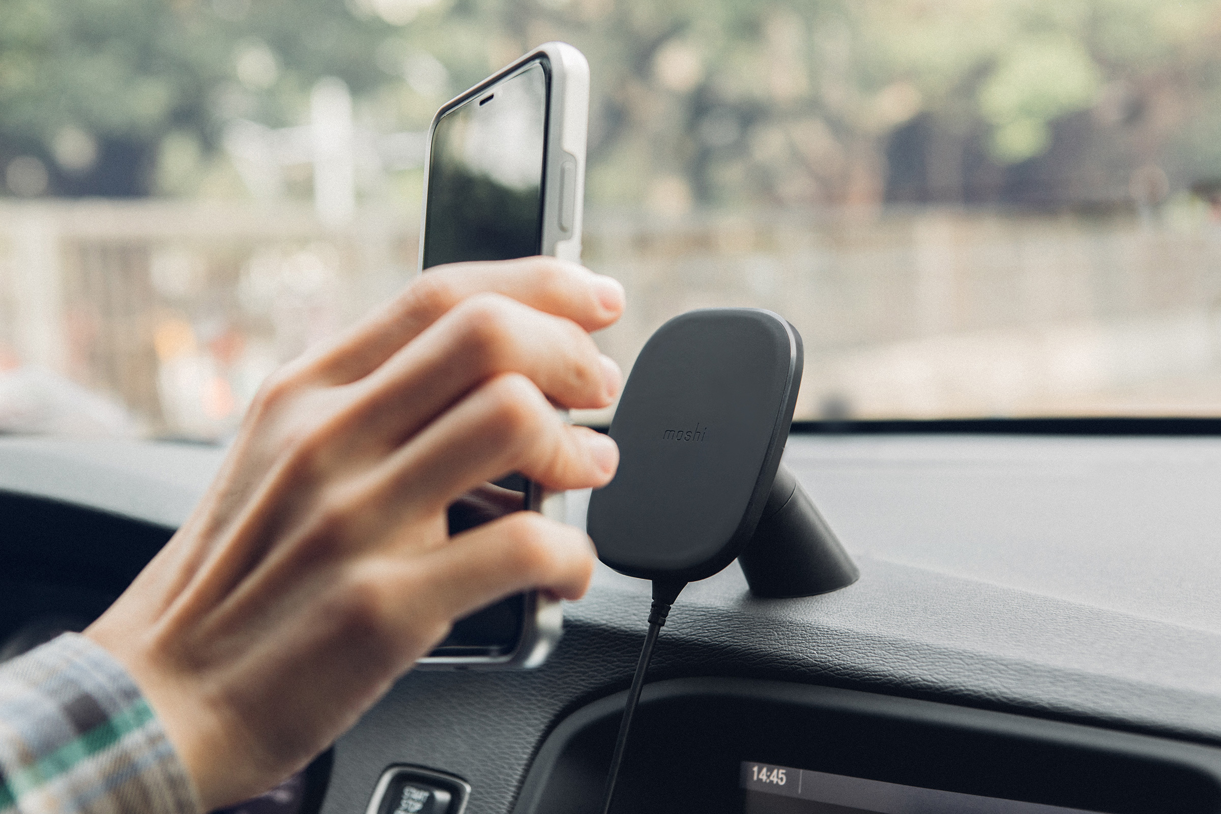 Save $10 when you buy a new SnapTo Car Mount together with a case. Discount applied at checkout. (Offer only available in the US/CA and EU.) Visit this page to learn more about the SnapTo mounting system.