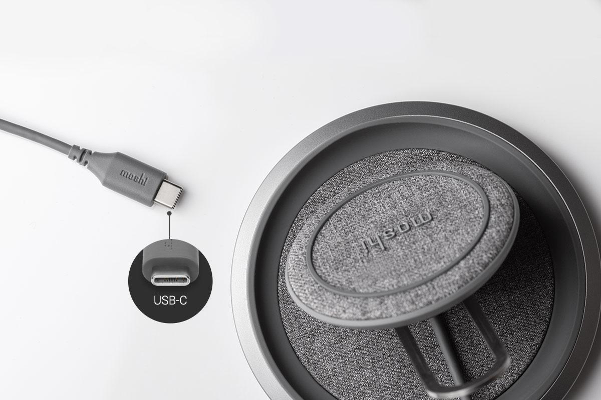 Un câble intégré de 1,2 m fait du Lounge Q le chargeur idéal pour tout bureau, table de nuit ou poste de travail élégant.