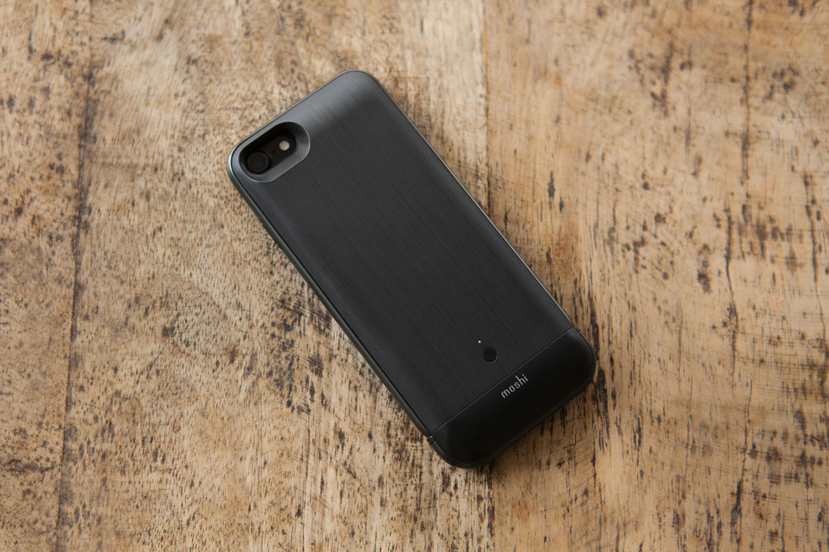 Slim case with military-grade drop protection.