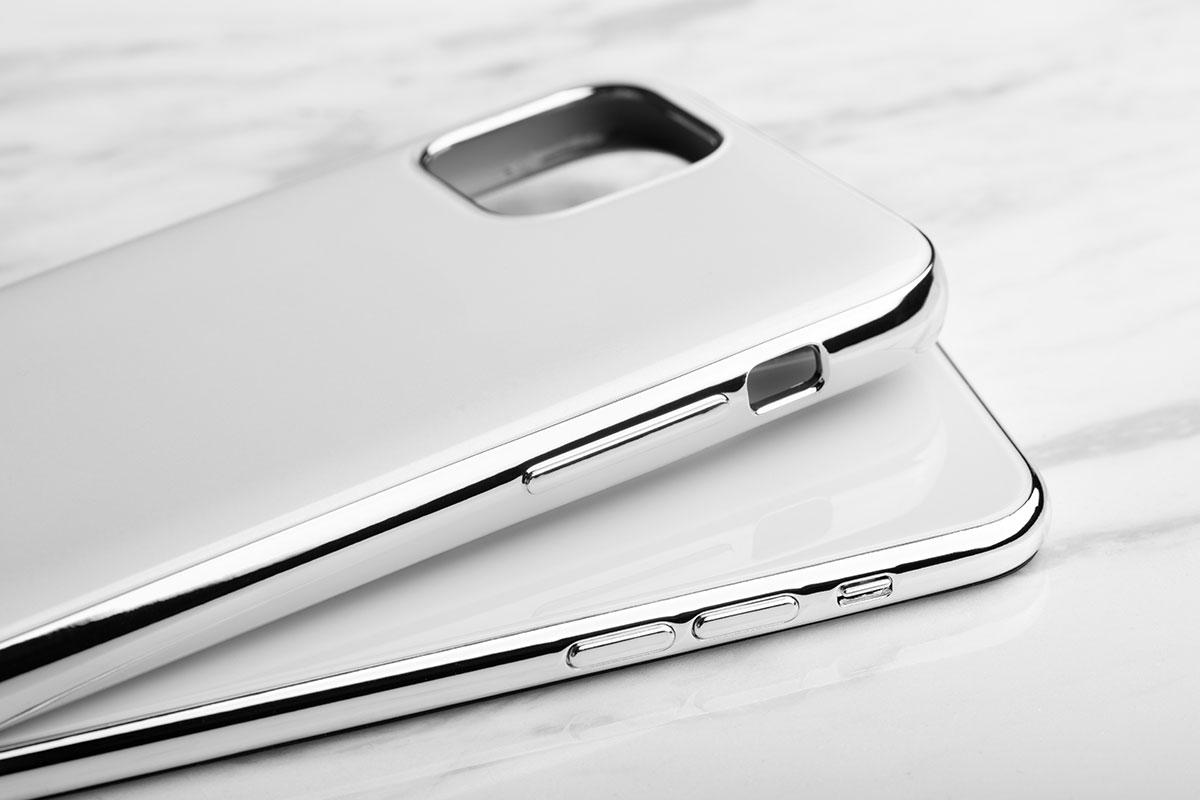 iGlaze 细腻而精致的表面,为设备提供从早到晚无缝隙的保护,同时保持美观。