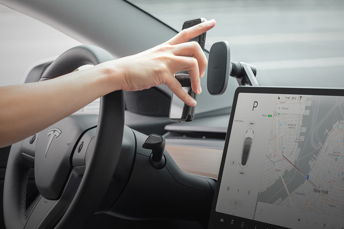 可固定安裝於觸控螢幕,讓手機畫面一覽無遺