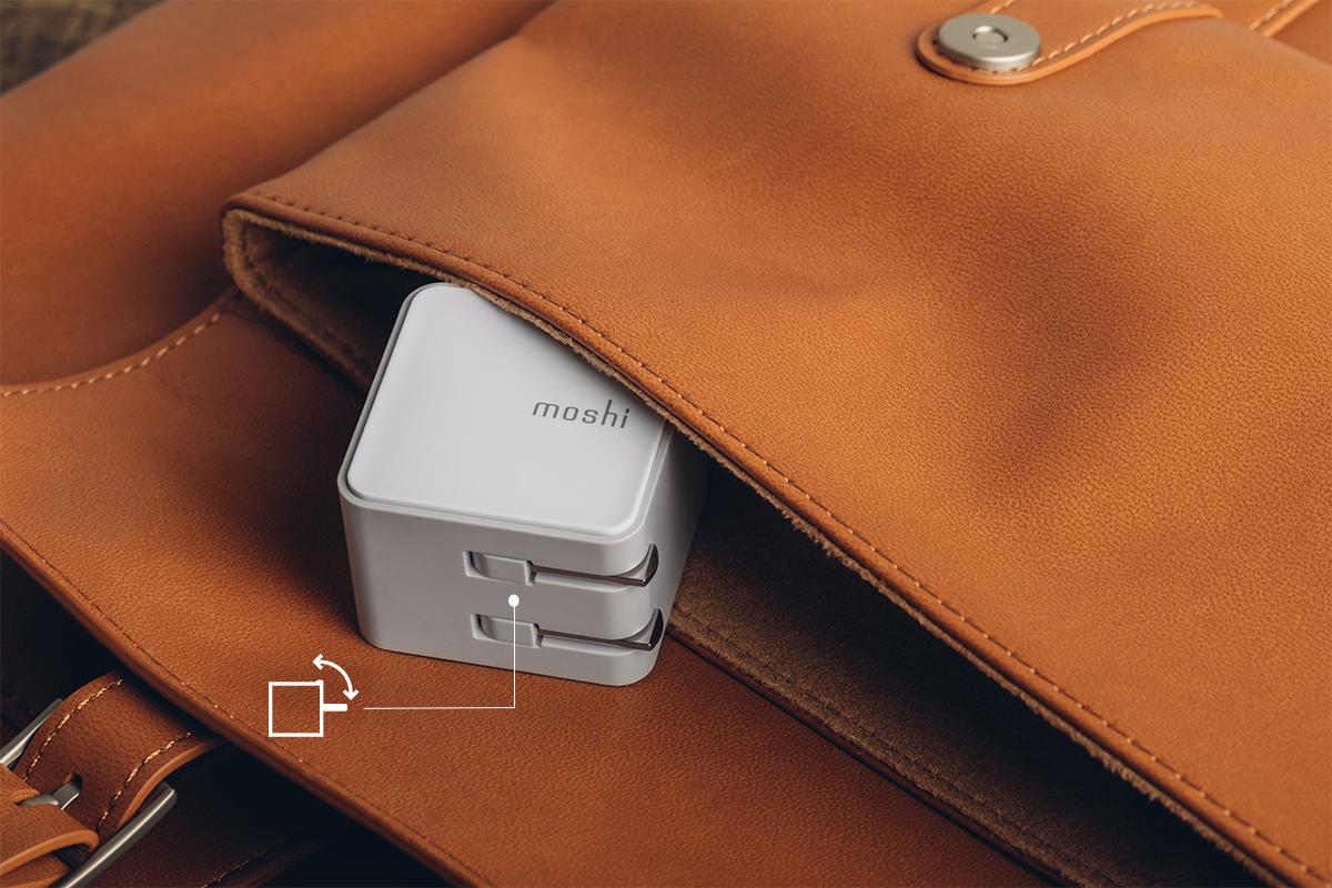 请勿使用凸出的电源插头,因为它会在旅行中造成缠结或划伤包、屏幕和其他私人物品。折叠插头,轻巧的设计特点创造了理想的便携充电解决方案。