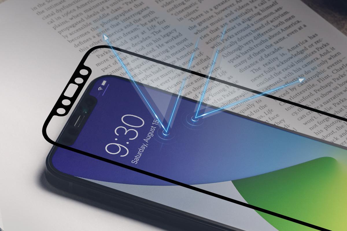 iPhoneのスクリーンの鮮明さを最大限に保つための表面処理が施されています。