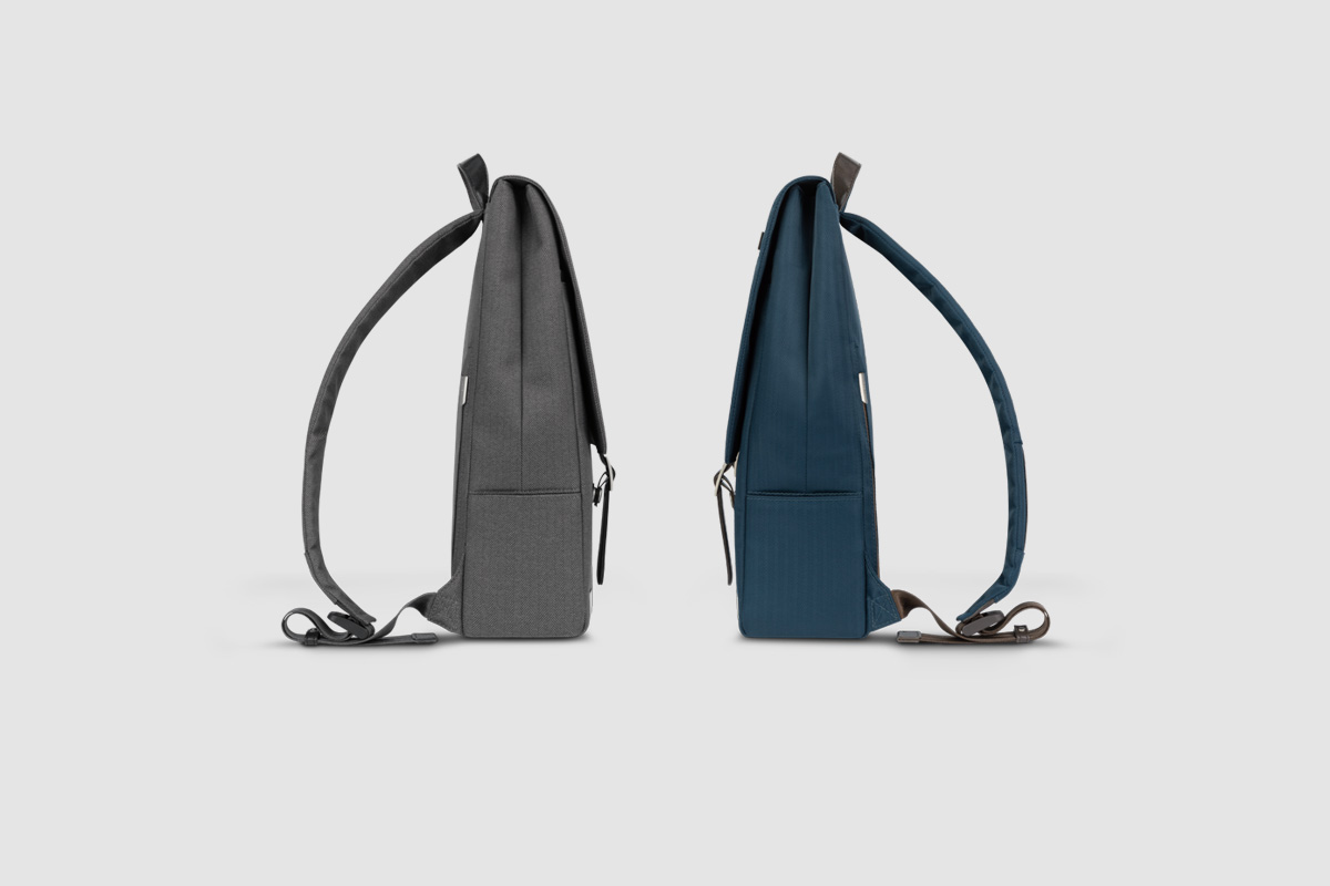 A discreet zippered pocket on the back panel adds an element of security by keeping important items such as your passport or wallet close to your body.