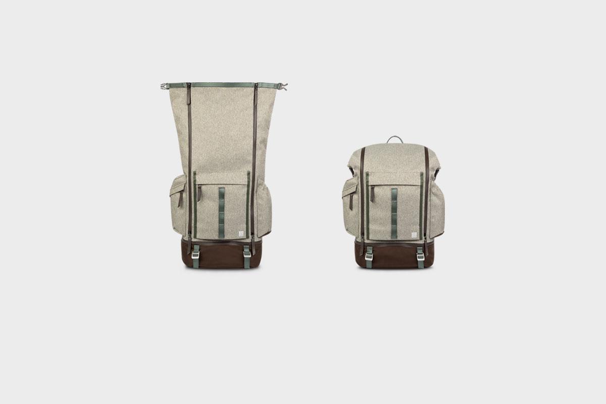 El diseño desenrollable del bolso incluye unas hebillas para mantener el equipo seguro, incluso cuando la mochila esté llena.