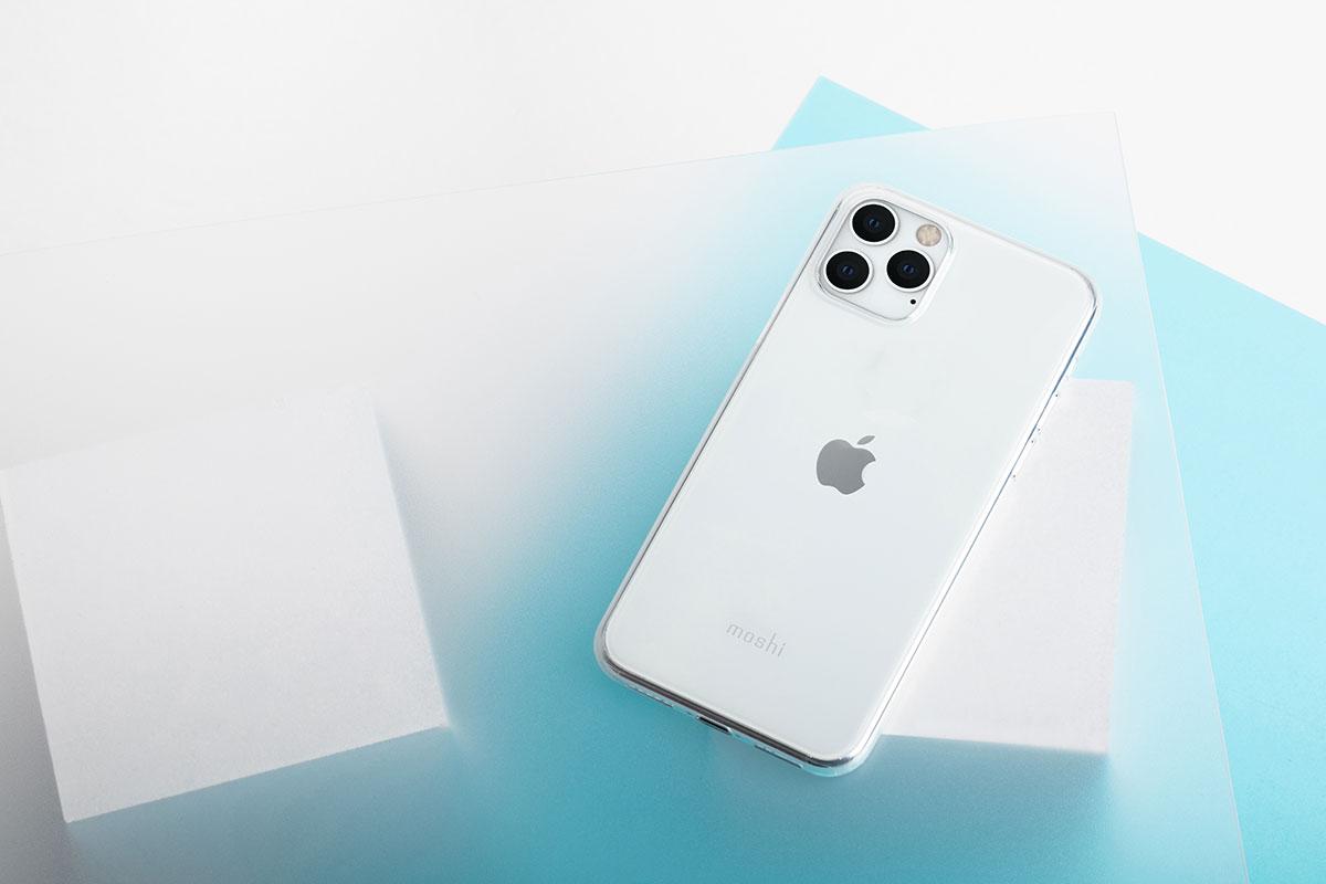 たった 0.35 mm の厚みしかない SuperSkin は、iPhone の素の感触や外観を愛する方々にピッタリです。