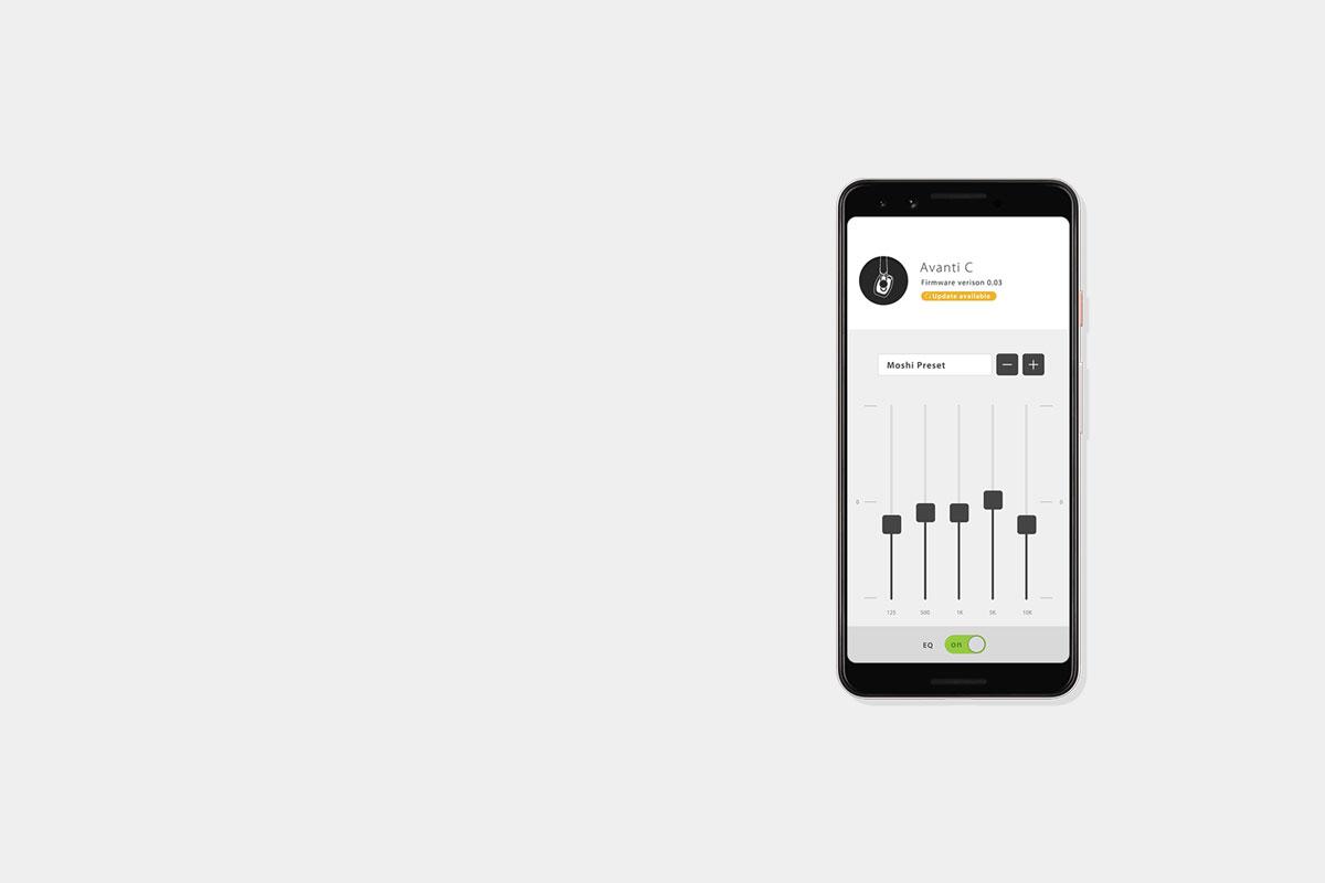 Descarga la aplicación de audio digital de Moshi para guardar tus perfiles de ecualización favoritos. Almacena hasta 5 perfiles de ecualización preestablecidos y  selecciona tu favorito con el botón DJ Boost.