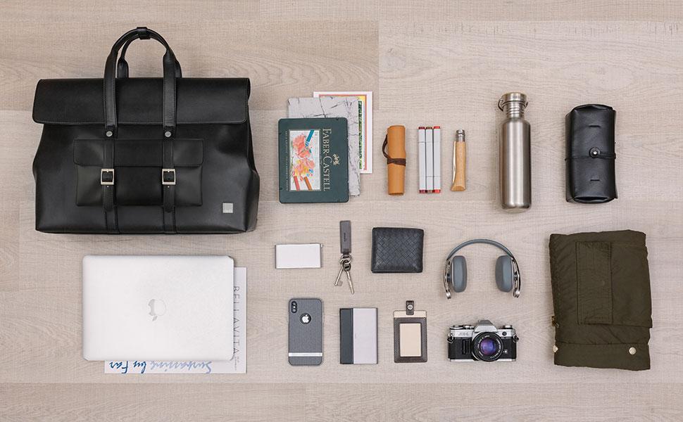 Treya puede llevar un portátil de hasta 15', además de otros objetos de uso diario como una batería portátil, cables, documentos, etc.