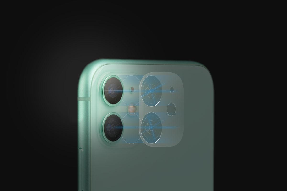 Защитная пленка не закрывает объективы iPhone и гарантирует кристально четкие фото и видео.