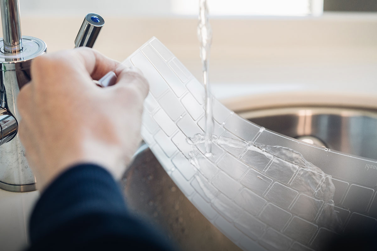 Made from non-toxic engineering-grade urethane, ClearGuard is fully washable and can be used over and over. Simply rinse with water to remove stains and debris.