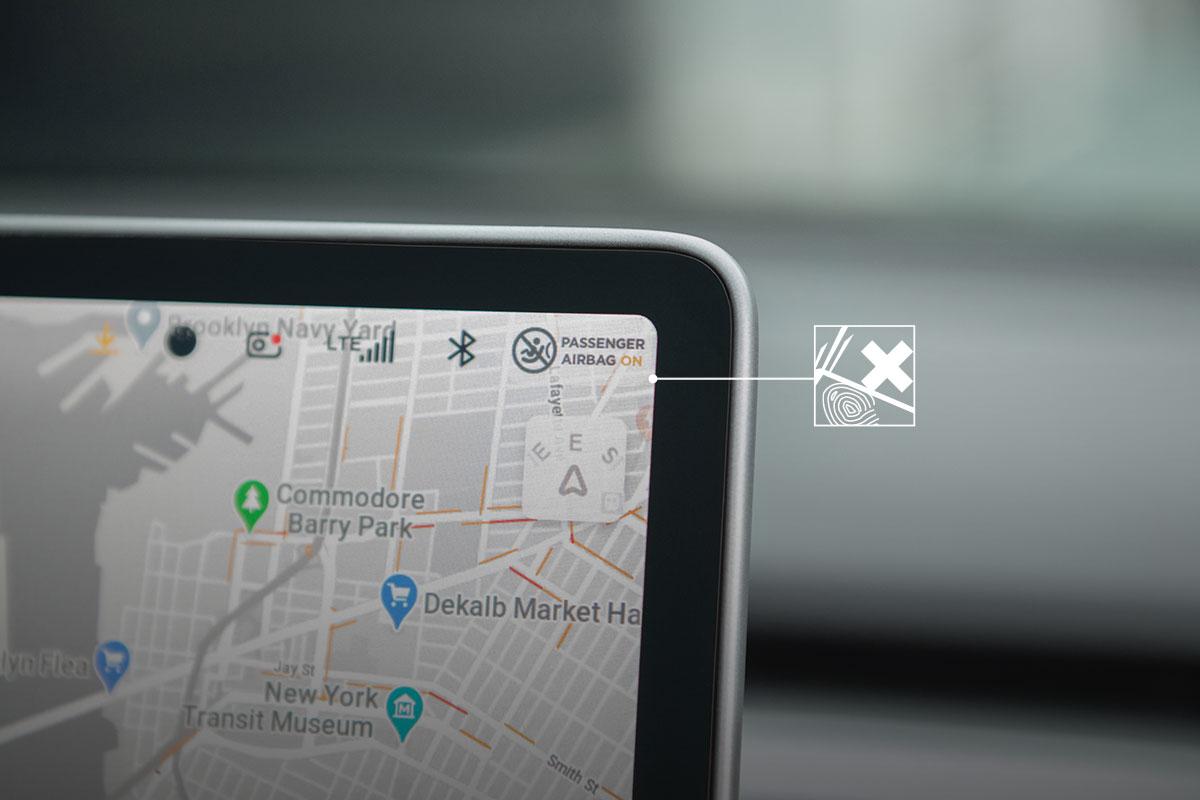 Gracias a su revestimiento, iVisor proporciona una protección mejorada contra arañazos y huellas dactilares. Fuera preocupaciones; tus anillos, llaves o pulseras no podrán rayar la pantalla.