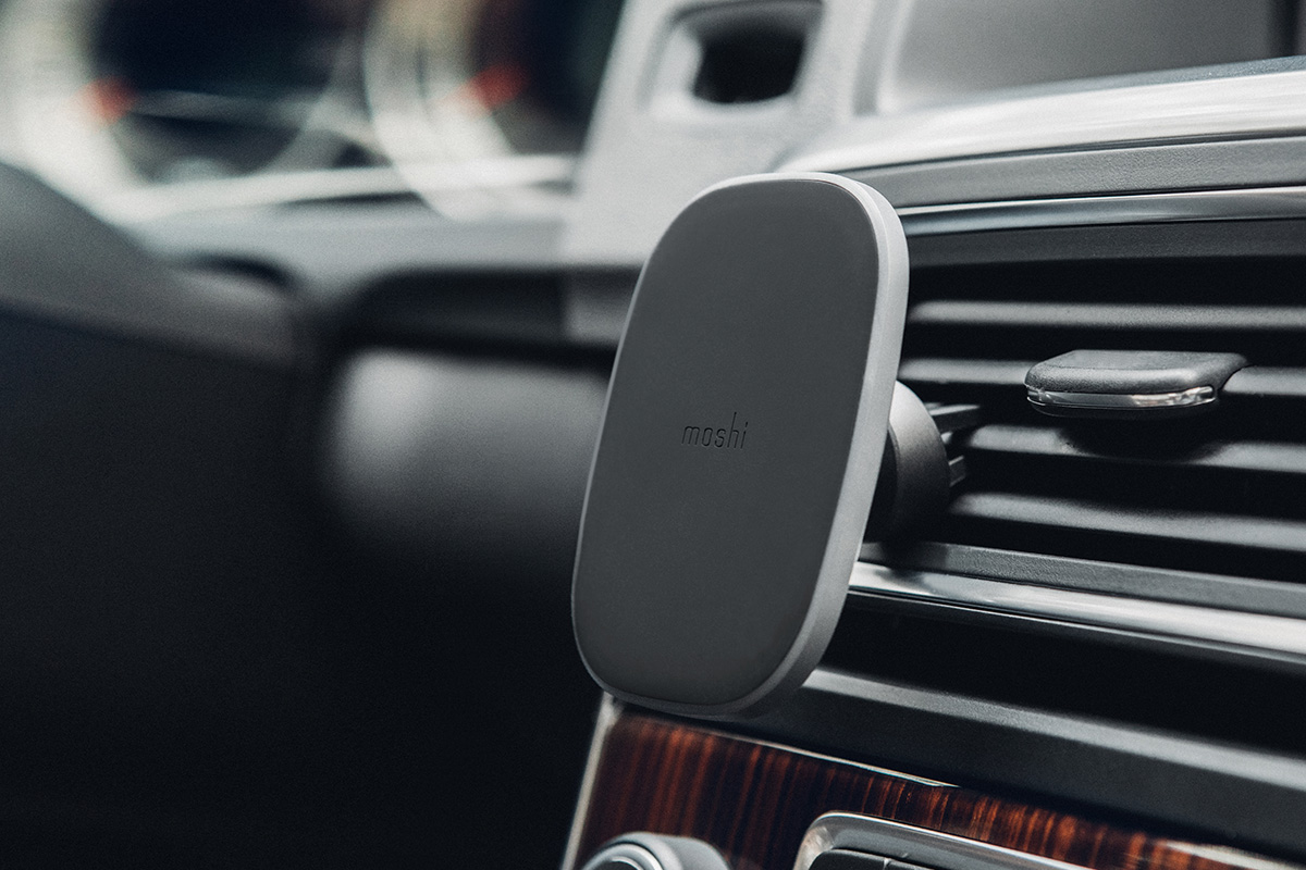 Easily connect to any available vent for convenient viewing and moving to other vehicles.