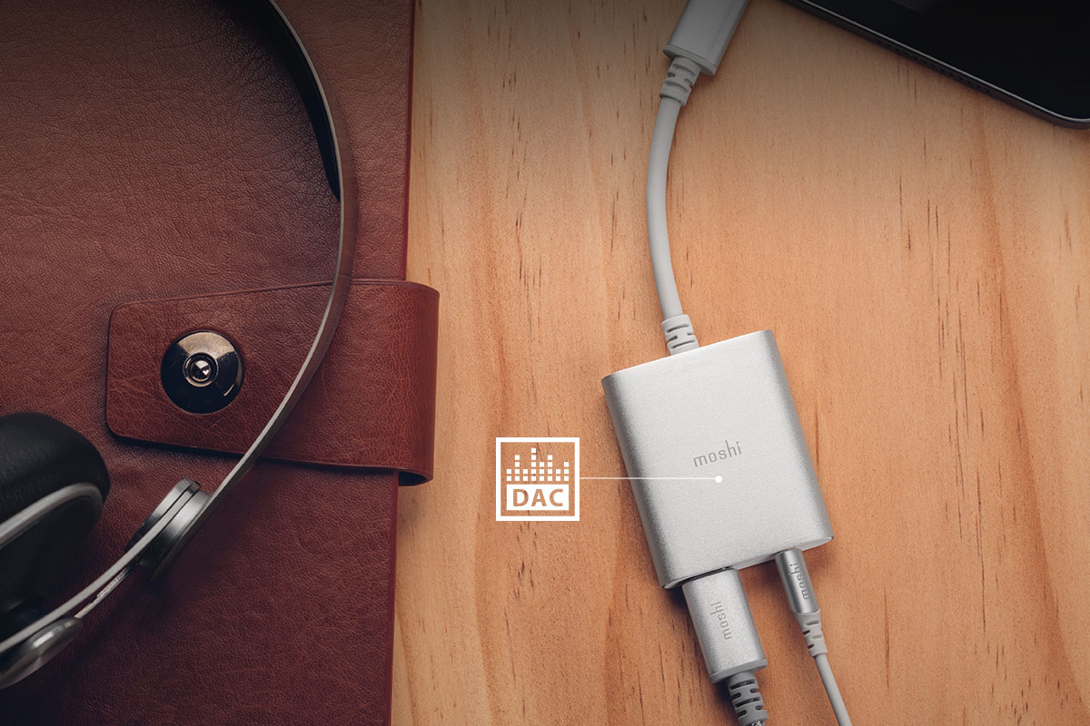 Salidas de música de alta definición con el convertidor de digital a analógico (ADC) incorporado, que es compatible con servicios de reproducción como Tidal y Spotify Premium.