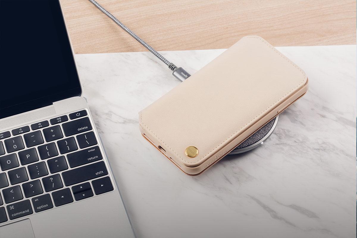 Zum kabellosen Laden unterwegs empfehlen wir das Otto Q als Bestandteil unserer eleganten Serie Q Wireless Charging Series.