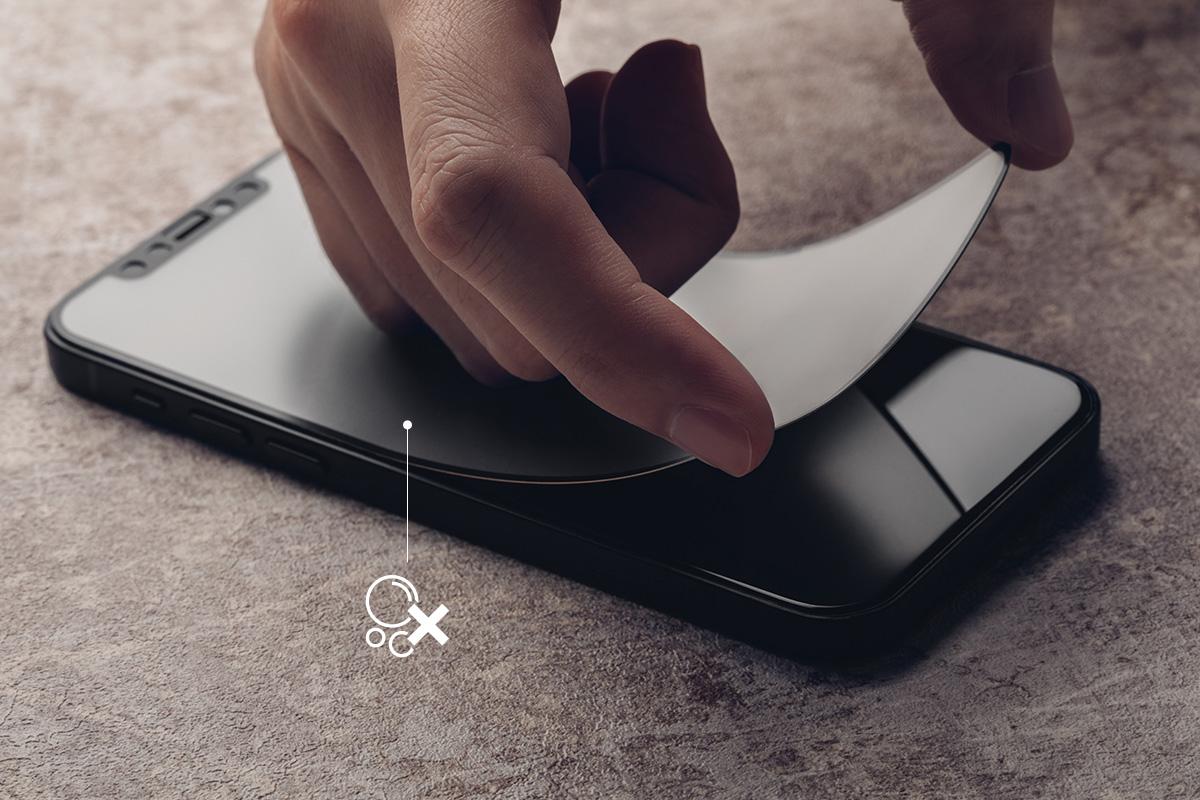 La plupart des protecteurs d'écran nécessitent un processus d'installation ennuyeux. La conception brevetée d'iVisor permet une installation facile et sans bulles en quelques secondes.