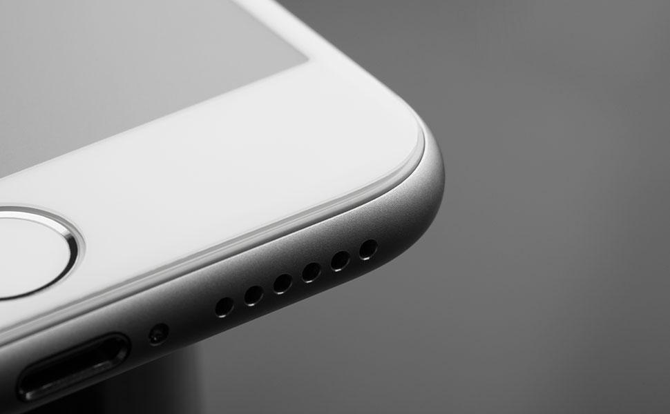 表面強化技術處理,提高防刮性能,且能減少髒污對手機螢幕的傷害。