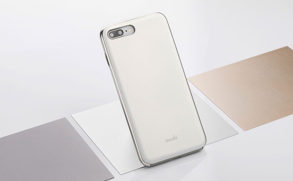 兩種材質(硬質底蓋和軟質外框)細膩結合,保護力升級。