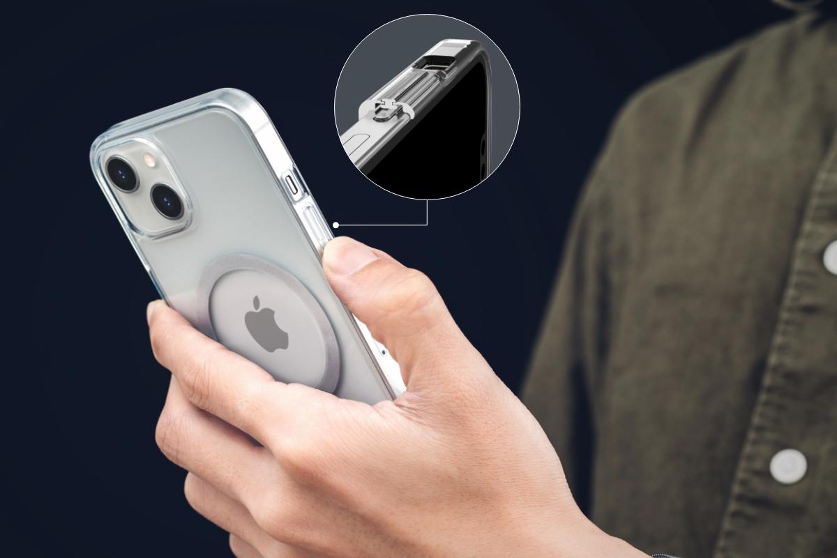 携帯を平らに地面などに置いてもスクリーンが保護されます。浮き上がるように仕上げられたレイズドボタンはグリップを良くし、ボリュームが簡単に調整でき、スクリーンのロックと解除も簡単に出来るように設計されています。