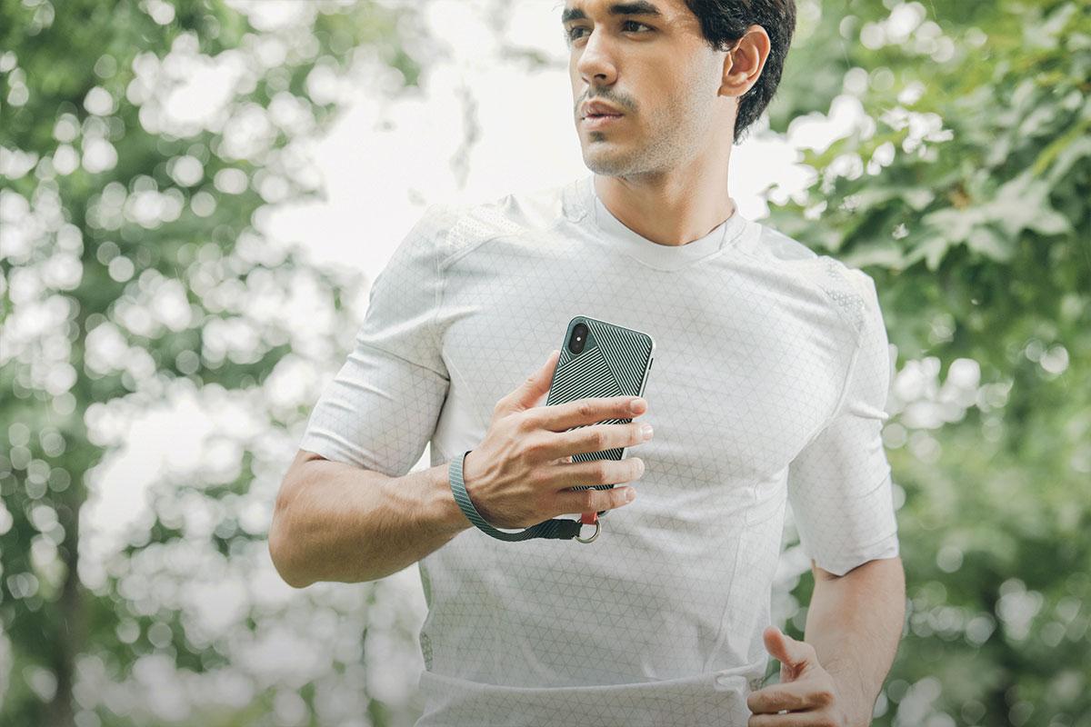 Que vous couriez, que vous marchiez ou que vous voyagiez, Altra vous permet d'adopter un mode de vie actif avec aisance.