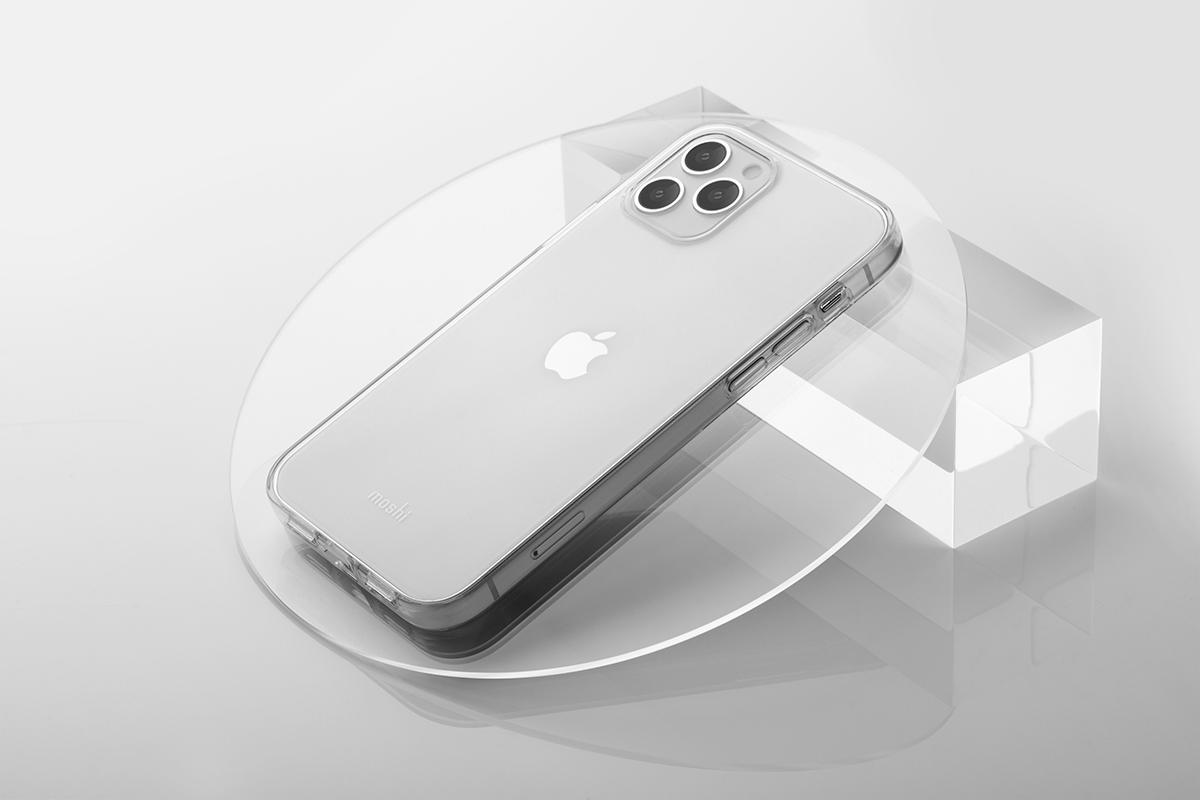 清透的保護殼設計凸顯 iPhone 簡約俐落設計,並可清晰呈現出 Apple Logo,盡現原生之美。使用 Moshi 專利 MicroGrid™ 波普點陣紋路技術,保持機身通透性,同時避免水痕,且抗 UV 塗層能延緩材質變黃時間。