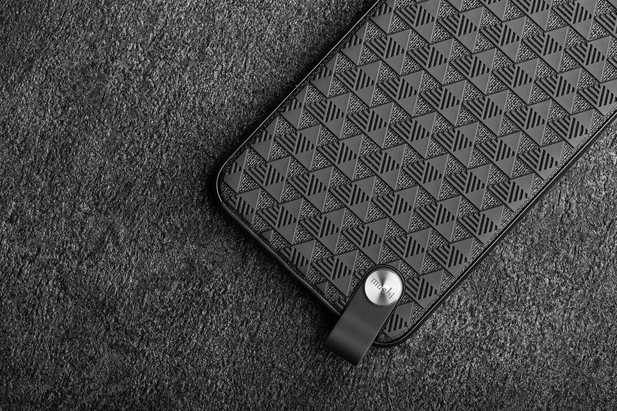 Ein einzigartiges Muster, um Ihr Telefon sicher festzuhalten und das Ihrem Telefon zusätzlich auch noch ein elegantes Aussehen verleiht.