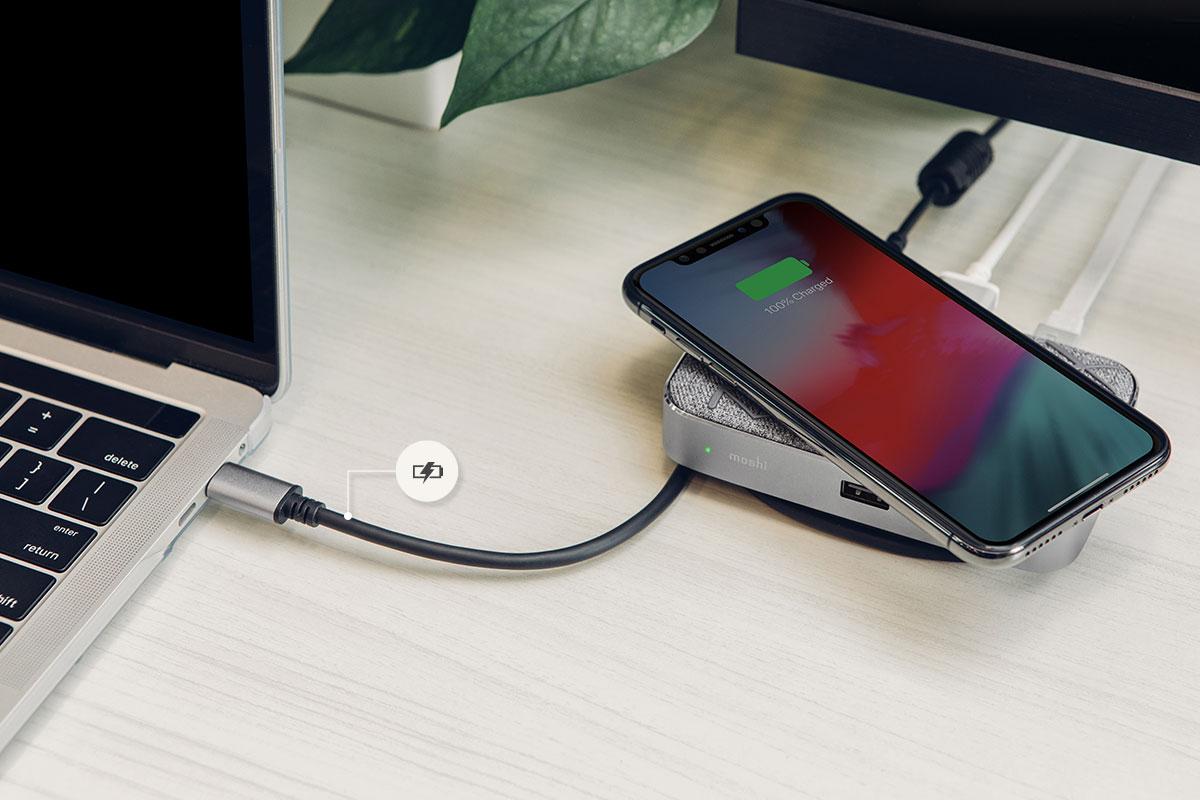 Le Symbus Q fournit simultanément une puissance de charge rapide allant jusqu'à 60 W, pour les ordinateurs portables et tablettes USB-C, comprenant les systèmes MacBooks et Surface. Ainsi, même un court passage à votre bureau vous permettra de disposer de la puissance de charge nécessaire pour répondre à une journée de travail intense lors de vos déplacements.