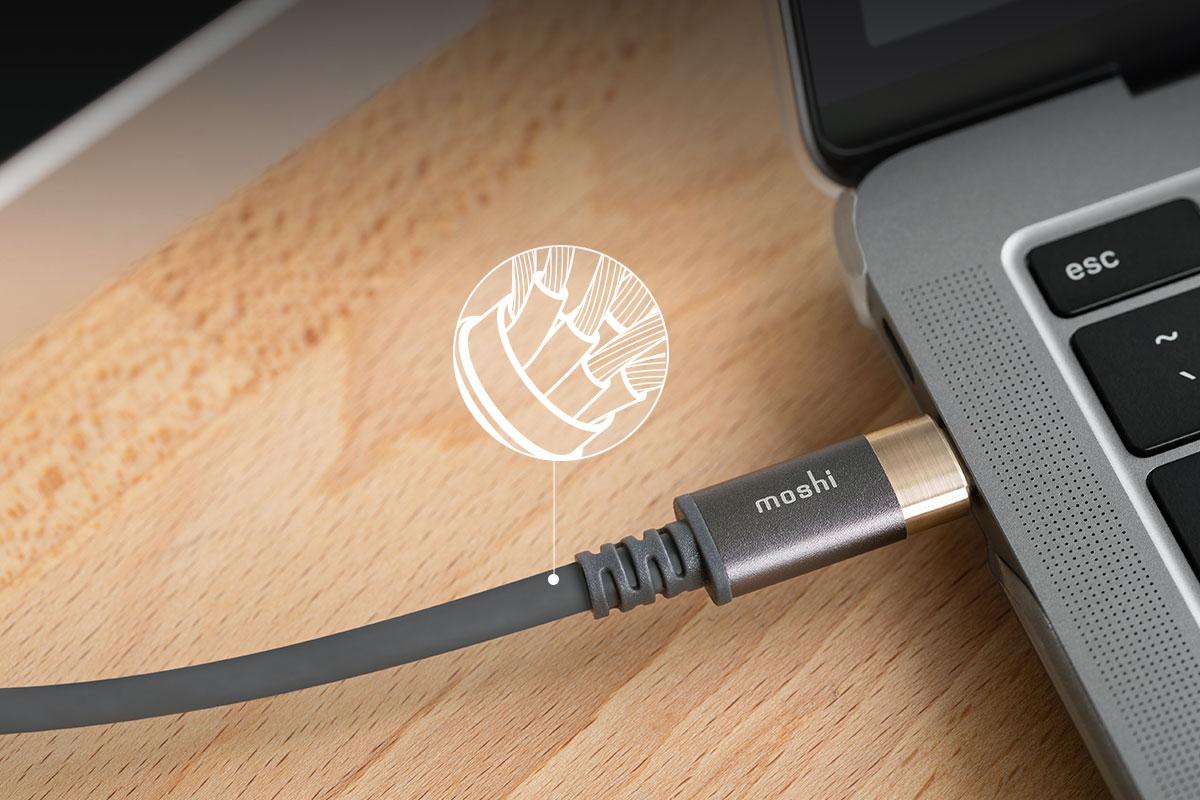 Dank seines koaxialen Designs unterstützt dieses Kabel Datenübertragungsraten von bis zu 10 Gbit / s.