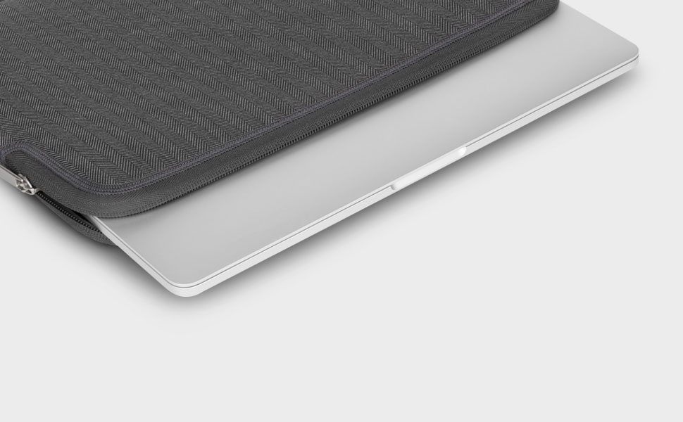 "Weighing in at just 6 oz (170 g) and at a thickness of  just 1 inch (2.5 cm), Pluma is the ultimate in slimline protection specially designed for MacBook Pro and MacBook Air devices 13"" and slides effortlessly into your bag or backpack without taking up excess space."