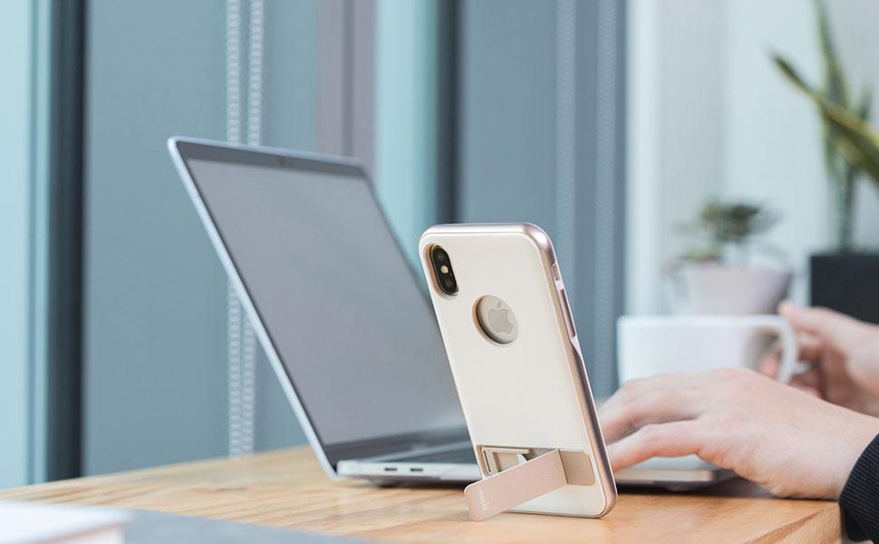 持たずに動画鑑賞ができる上にiPhoneをスタイルをスタイリッシュに保護するiPhone X用の洗練されたキックスタンドケース。