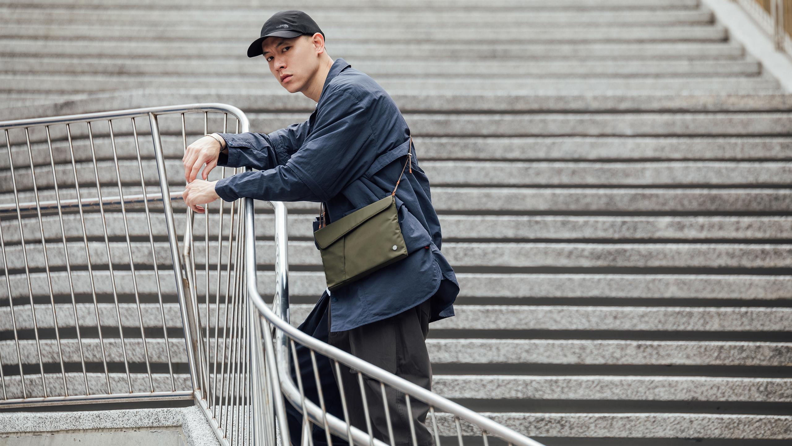 Aro Slim Crossbody Bag-image