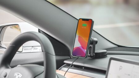 View larger image of: SnapTo Universal Car Mount with Wireless Charging-4-thumbnail