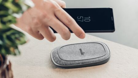 View larger image of: Porto Q 5K Portable Battery with Built-in Wireless Charger-4-thumbnail