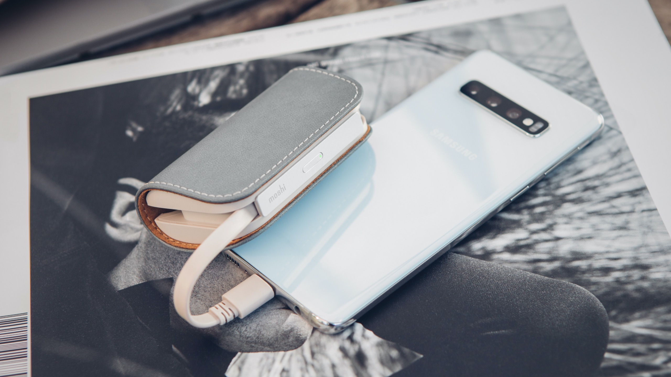 IonGo 5K Duo Portable Battery with Built-in Lightning and USB-C Cables-image