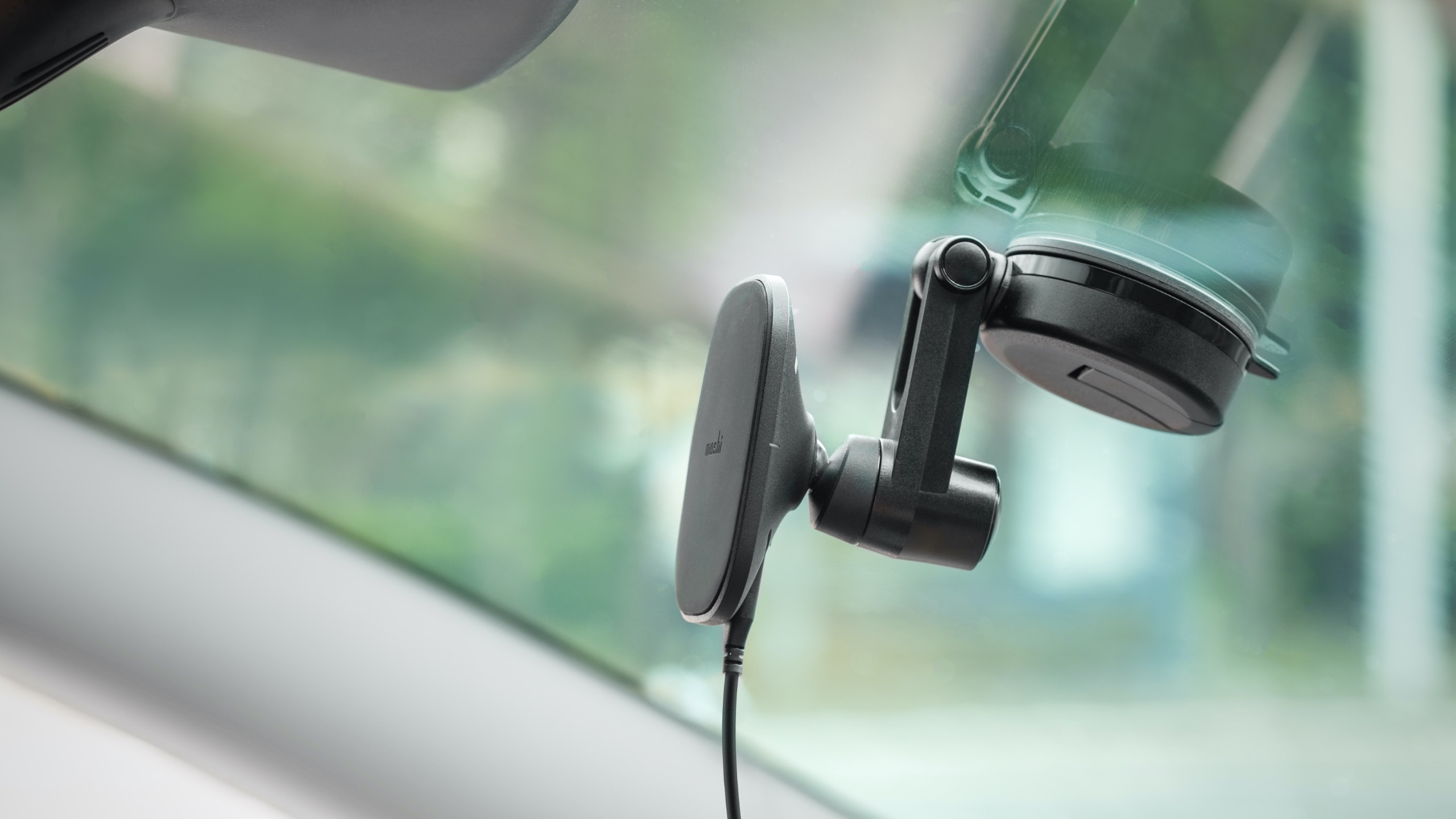 SnapTo Universal Car Mount with Wireless Charging-image