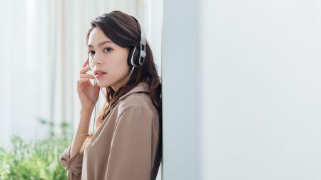 View larger image of: Avanti LT Lightning On-ear Headphones-4-thumbnail